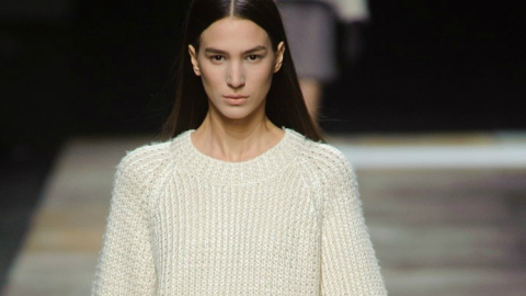 We're in Love With This Theyskens' Theory Fall Look: Here's How To Recreate It | StyleCaster
