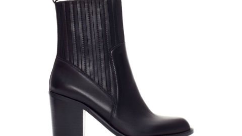 Want: Perfect Leather Chelsea Boots To Wear Every Day This Fall | StyleCaster