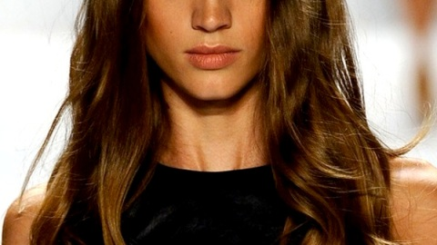 Curling Iron 101: Learn How To (Really) Use The Tool In Under a Minute | StyleCaster