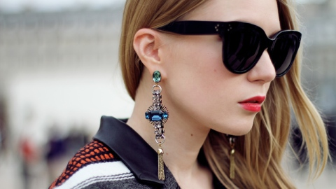 6 Pairs Of Opulent Statement Earrings To Glitz Up Any Outfit This Season | StyleCaster