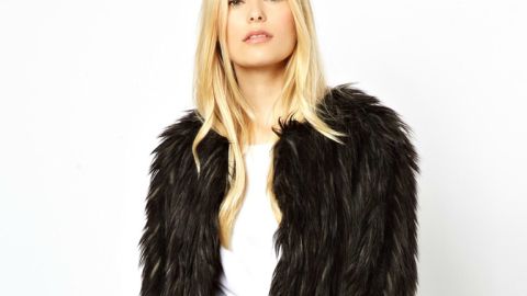 Want: An Awesomely Shaggy Faux Fur Coat from ASOS | StyleCaster