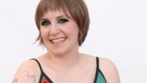 Report: Anna Wintour Wants Lena Dunham On the Cover of Vogue | StyleCaster