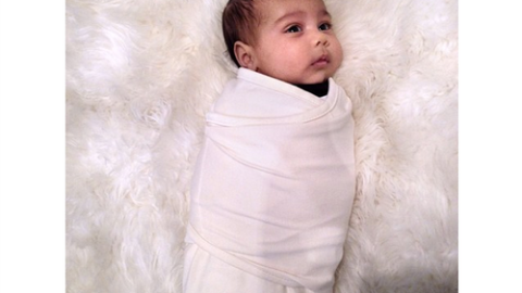 There She Is: Kim Kardashaian Posts Crystal-Clear Picture of North West To Instagram   StyleCaster