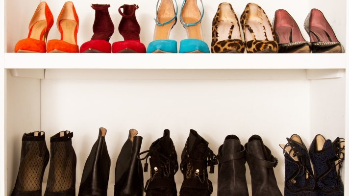 How to Organize Your Closet (It's Easier Than You Think!)