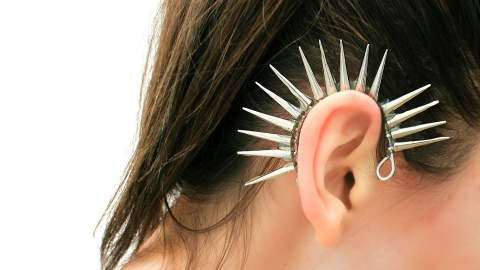 DIY To Try: A Spiky Ear Cuff That'll Give Any Fall Outfit A Serious Edge   StyleCaster