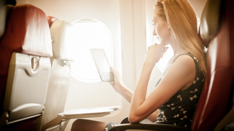 Hooray! You Can Now Use Most Electronic Devices on Airplanes | StyleCaster