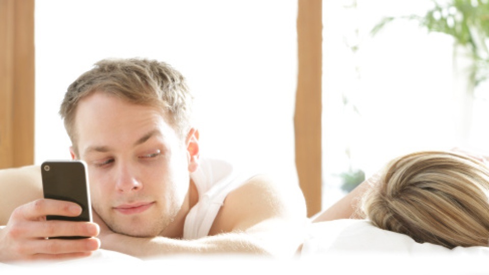 New Survey Reveals Why People Cheat (And The Reason May Surprise You)   StyleCaster