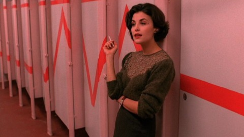 Cult '90s TV Show 'Twin Peaks' Inspires Small New Fashion Line | StyleCaster