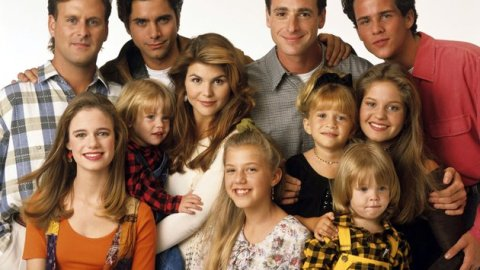 'Full House' is Getting a Sequel! Here Are 9 Other '90s Shows That Deserve a Reboot | StyleCaster