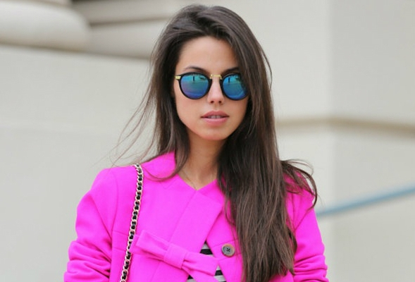 18 Amazing Ways To Style A Super-Bright Winter Coat This Season