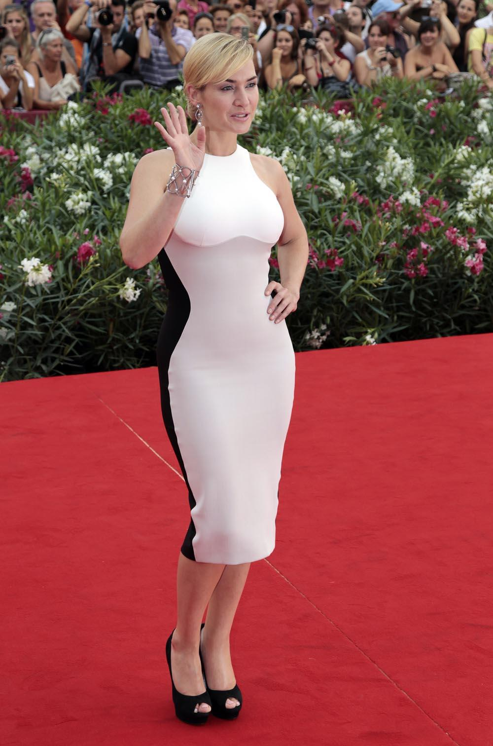 kate winslet looks thin in color block stella mccartney dress