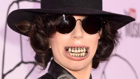 Whoa: Lady Gaga Sports Hideous Fake Teeth at YouTube Music Video Awards   StyleCaster