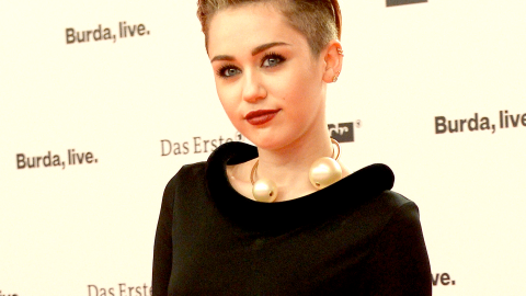 See Miley Cyrus' Incredible Vintage Jean Paul Gaultier Dress from Every Angle   StyleCaster