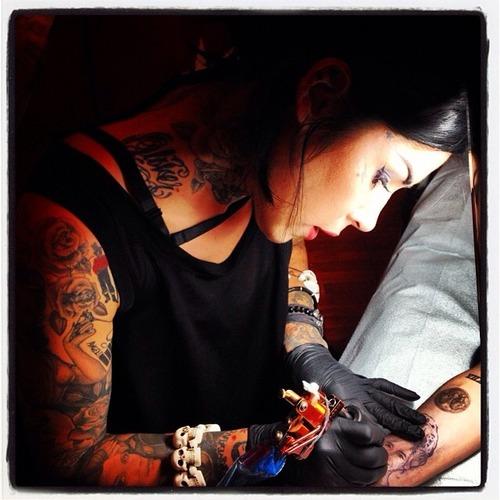miley cyrus tattoo kat von d