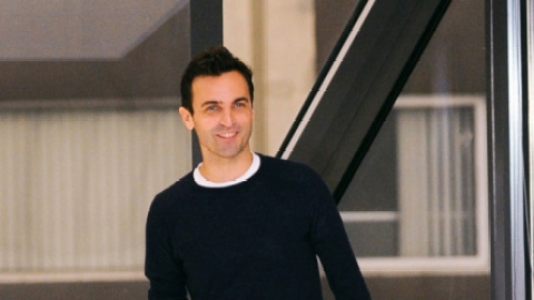 Confirmed: Nicolas Ghesquiere To Replace Marc Jacobs At Louis Vuitton! | StyleCaster