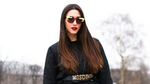 Winter Outfit We Love: Check Out How This Street Style Star Wears Red Gloves | StyleCaster