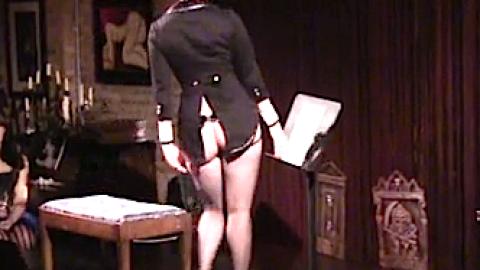 Best Video Ever: Watch This Burlesque Dancer Twerk to Beethoven | StyleCaster