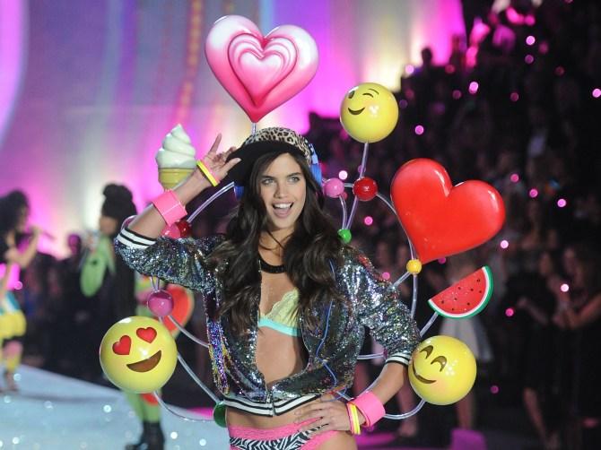 Victoria's Secret Emoji