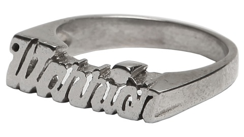 Want: Matching Nameplate Rings with a Cool Message (For Less Than $100!) | StyleCaster