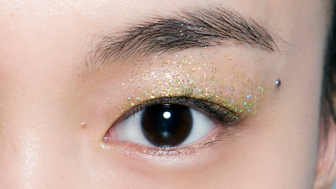 50 Stunning Makeup Ideas For This Year's Holiday Parties | StyleCaster