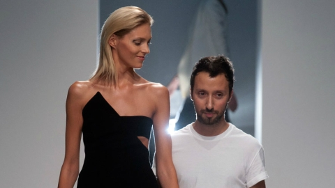 Anthony Vaccarello to Design for Versace | StyleCaster