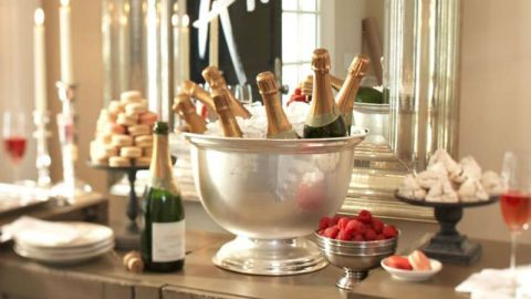 7 Last-Minute NYE Party Tips | StyleCaster