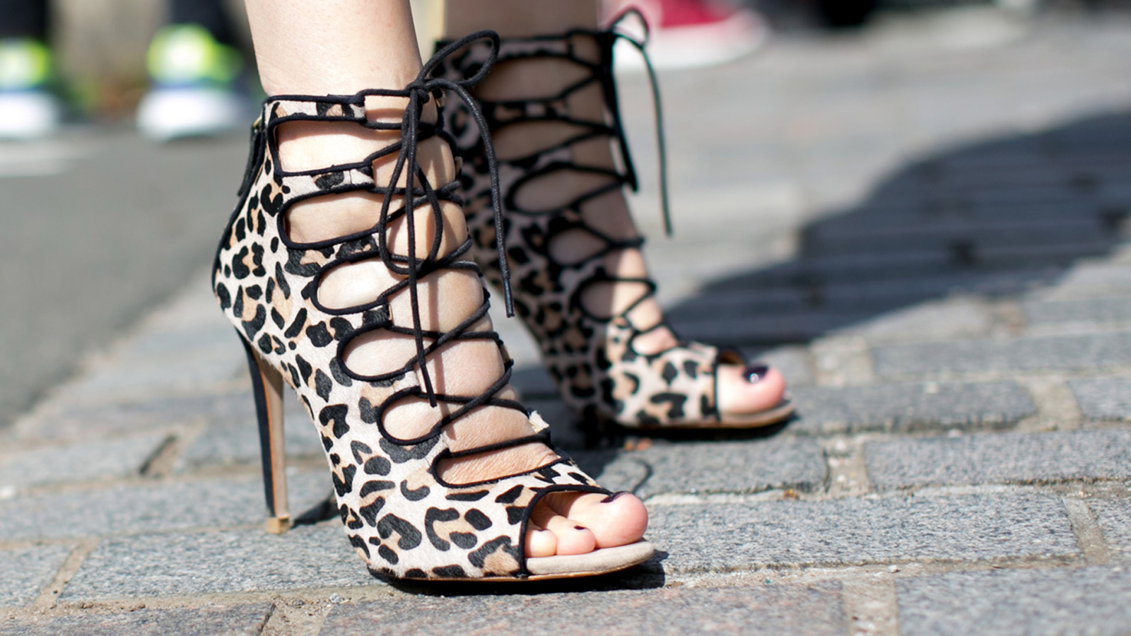 heels1 3 Tricks to Keeping New Shoes Looking New