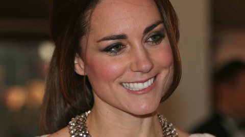 See Kate Middleton's Tight White Roland Mouret Dress from Every Angle | StyleCaster