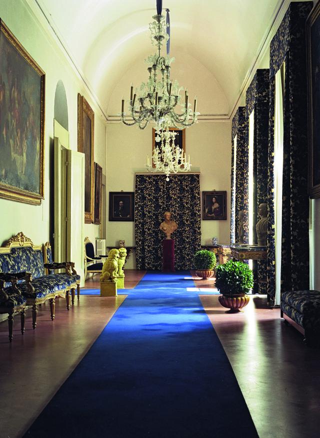 052 Inside Fashion Designers Homes: From Manolo Blahnik To Azzedine Alaïa