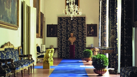 Inside Fashion Designers' Homes: From Manolo Blahnik To Azzedine Alaïa | StyleCaster