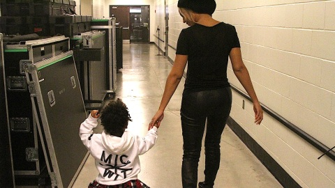 New Pics of Blue Ivy!  | StyleCaster