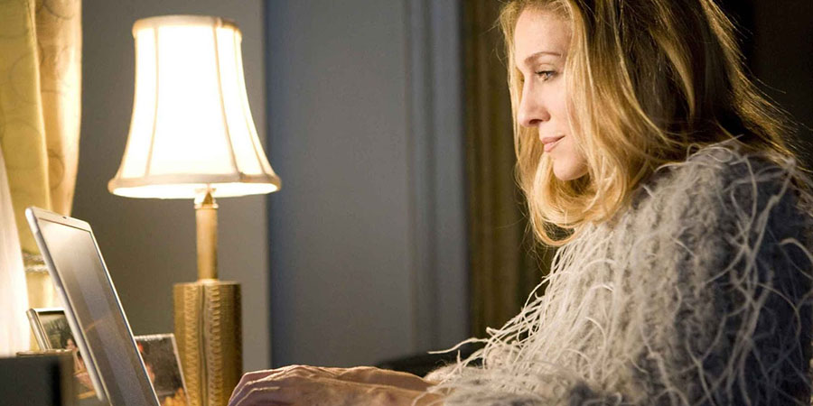 Carrie-carrie-bradshaw-12928069-2250-1500