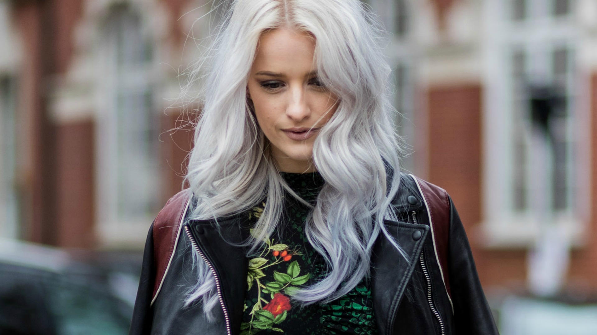 10 Things No One Ever Tells You About: Dyeing Your Hair