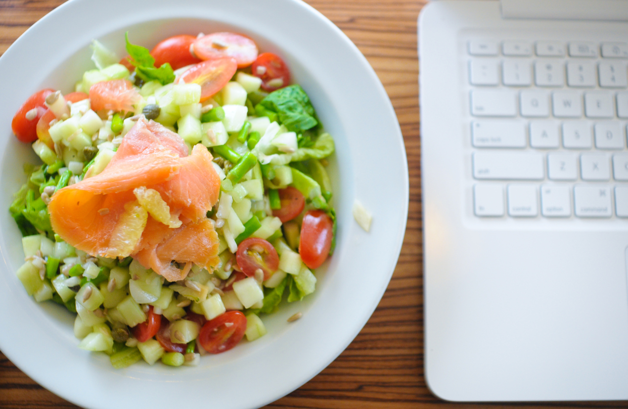 healthy lunch ideas 13 Healthy Lunch Ideas That Are Realistic for Working People