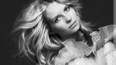 Meet Kate Moss' Gorgeous Little Sister | StyleCaster