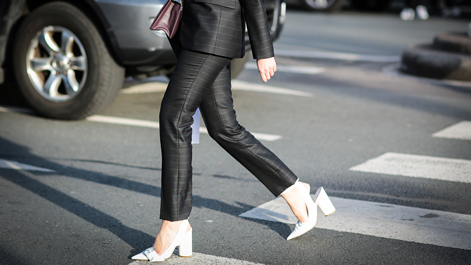 What to (Really) Wear to Any Job Interview   StyleCaster