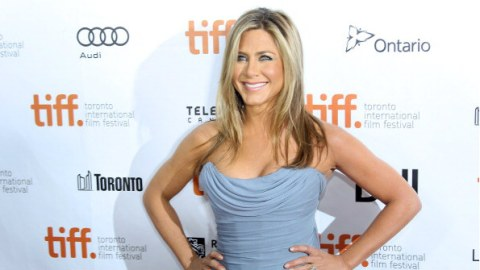 """Jennifer Aniston May Star in """"Mean Moms""""   StyleCaster"""