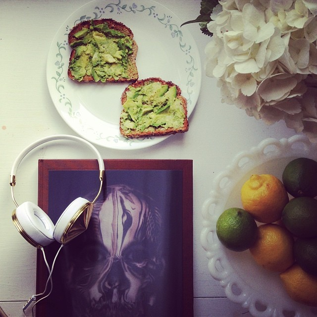 avocado 30 Signs You Follow Too Many Fashion Bloggers on Instagram