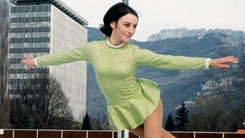 20 Unforgettable Figure Skating Dresses | StyleCaster