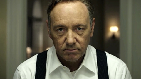 Binge-Watching House of Cards?   StyleCaster