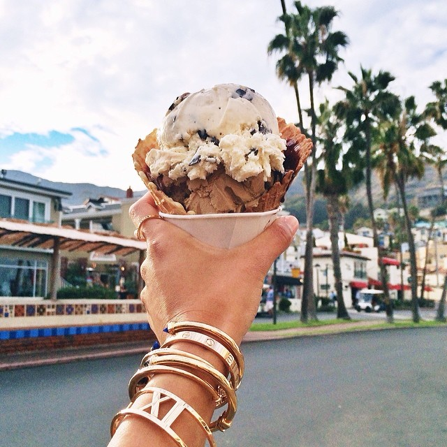 30 Signs You Follow Too Many Fashion Bloggers on Instagram