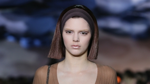Kendall Jenner is Just 'Kendall' Now   StyleCaster