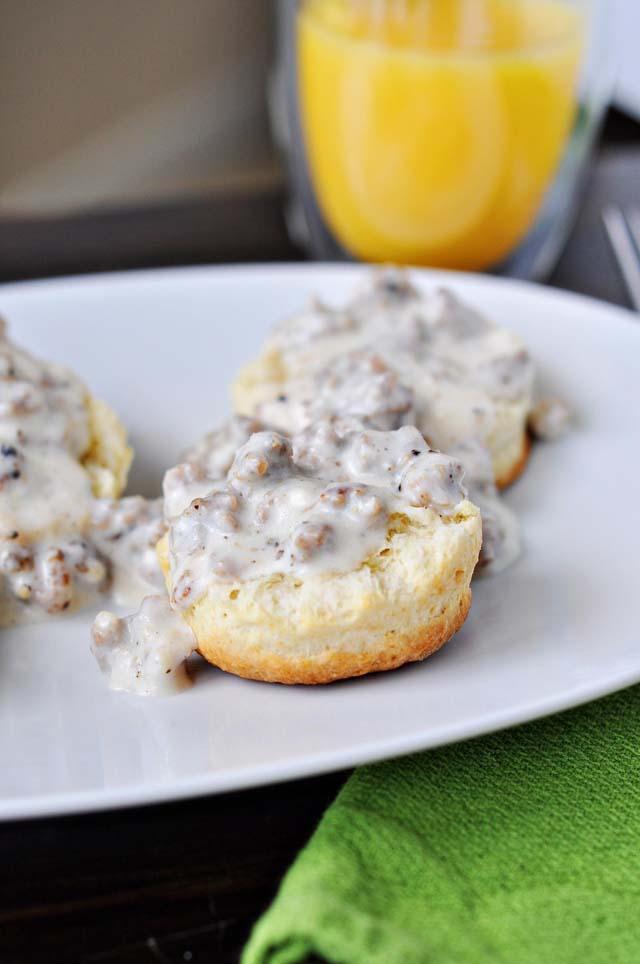 biscuit gravy 2