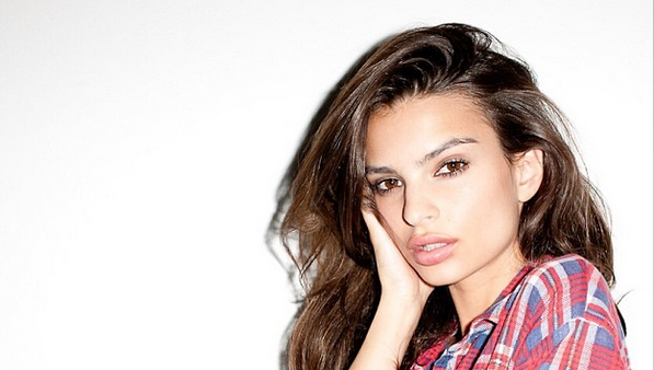 5 Things to Know About Emily Ratajkowski (and her 40 Hottest Pictures)