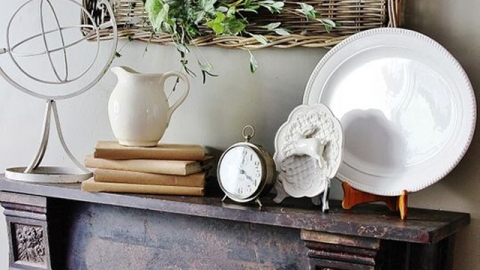 3 Simple Ways to Style Your Mantel | StyleCaster