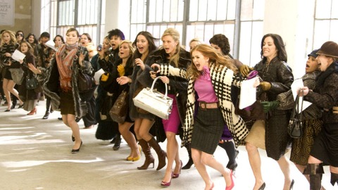 13 Stages of Using Shopping as Therapy | StyleCaster