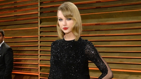 T-Swift Earns More Than, Well, Everyone   StyleCaster