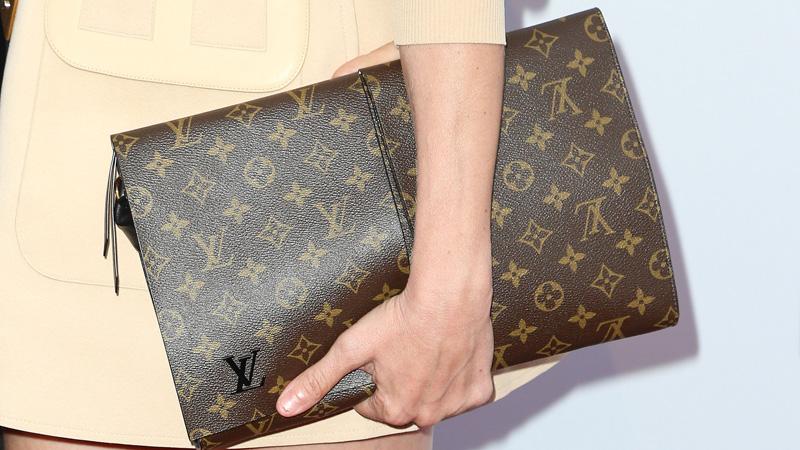 how to spot a fake designer bag