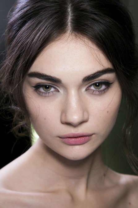 how to get thick eyebrows 9 Easy Ways to Break Out of a Style Rut