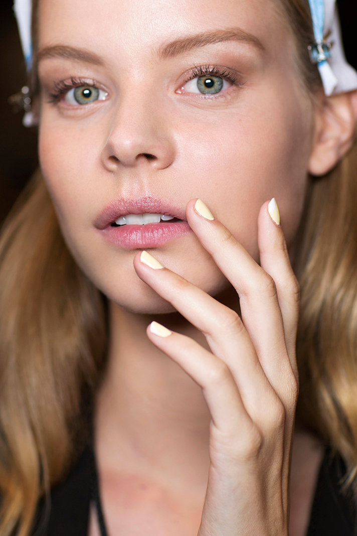 spring nails prabal gurung All the Spring Nails Trends You Need to Be Aware Of This Season